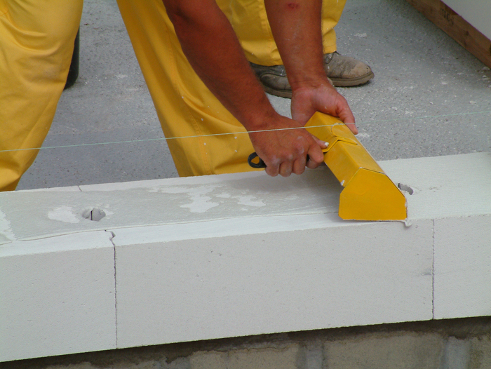Как выбрать клей для газобетона: на что обращать внимание Beton-House