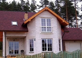 Дом из конструкционных блоков