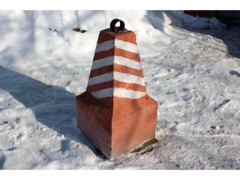 Элемент бетонного ограждения
