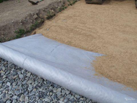 Как залить бетонные дорожки на даче