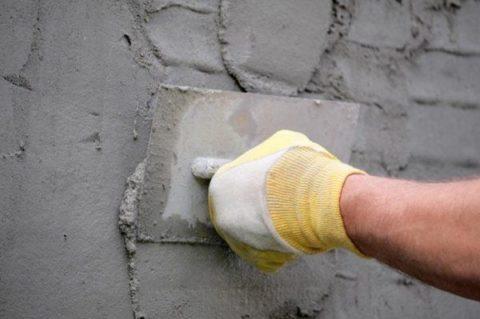 Оштукатуривание стены из газоблоков