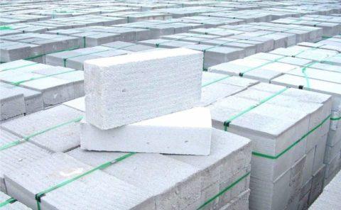 Пенобетонные блоки – ходовой материал для возведения частных домов