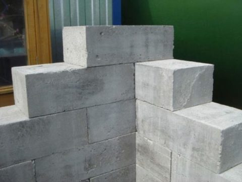 Перевязка половиной блока