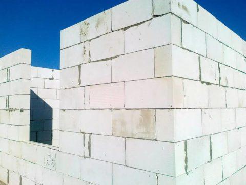 Стеновые конструкции из конструкционного газобетона