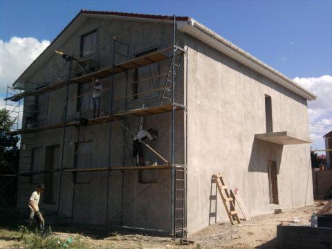 Цементно-песчаная штукатурка для фасада