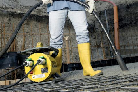 Уплотнение бетона при монолитном бетонировании