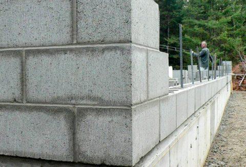 Возведение стены из неавтоклавного газобетона, фото