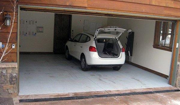 Чистовой пол в гараже