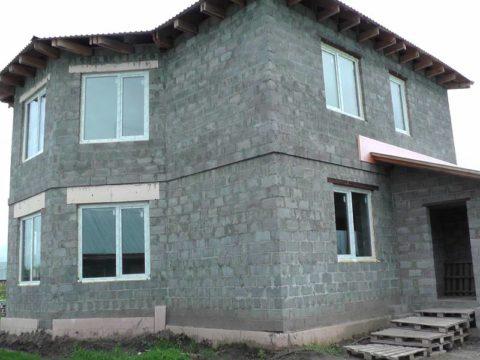 Дом, построенный из керамзитобетона