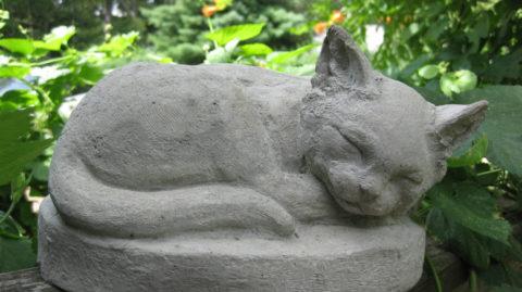 Фигурка из бетона