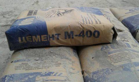Не стоит использовать для блоков цемент высокой марки, М 400 достаточно
