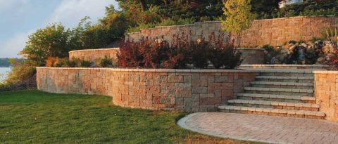 Облицовка подпорной стенки натуральным камнем