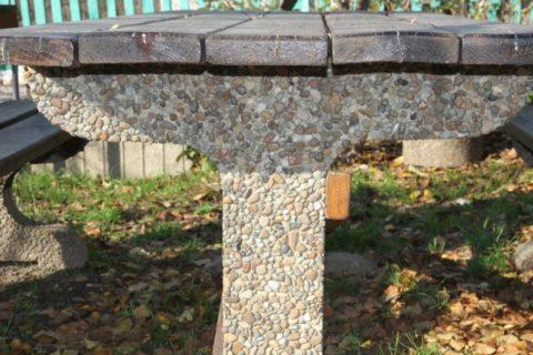 Опора стола из мытого бетона