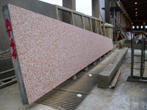 Панель из мытого бетона, изготовленная в заводских условиях