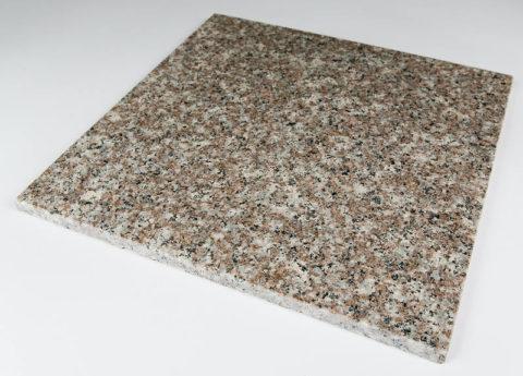 Плита из мозаичного бетона