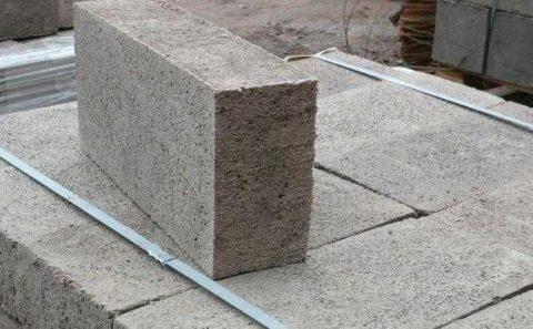Полнотелый пескобетонный блок