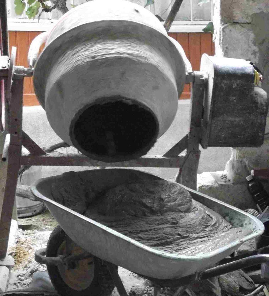 Бетон в бетономешалке своими руками