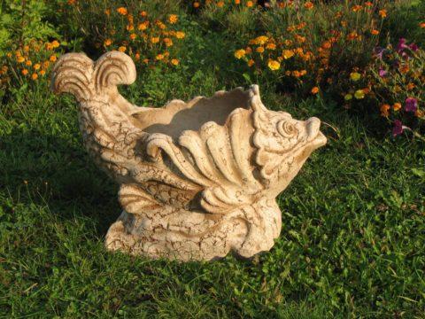 Садовая скульптура из бетона