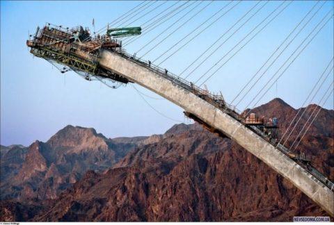Строительство моста возле Дамбы Гувера