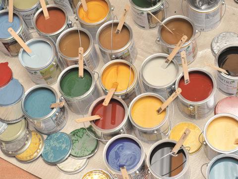 У некоторых производителей предлагаемая цветовая гамма довольно обширная, но и этого бывает недостаточно