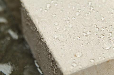 Водоотталкивающая способность строительного блока, обработанного покрытием с нанодобавками