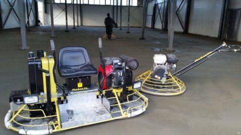 Затирочные или шлифовальные машинки могут быть ручными, автоматизированными и самоходными