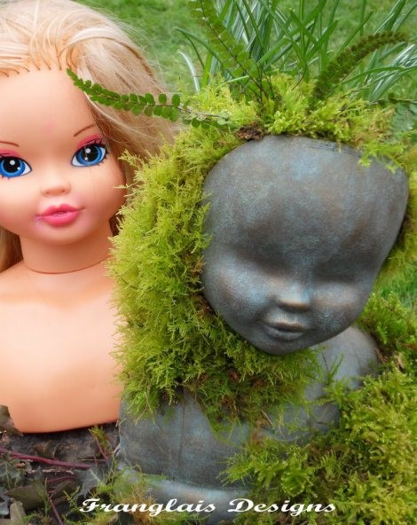 Вазон из головы куклы