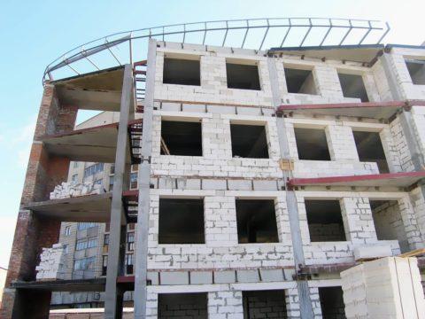 4-х этажное каркасное строение с заполнением из газобетона