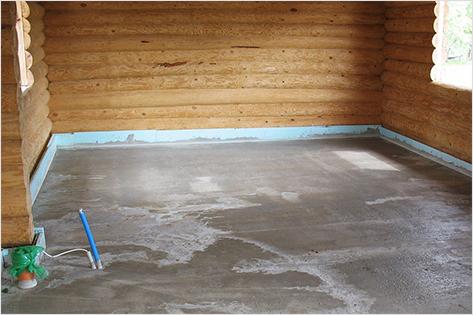 Деревянный пол подготовлен под заливку плавающей стяжки