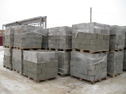 Хранение керамзитоблоков, фото