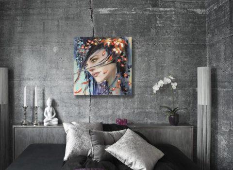 Картина на бетонной плоскости с ярким рисунком оживит монохромный интерьер