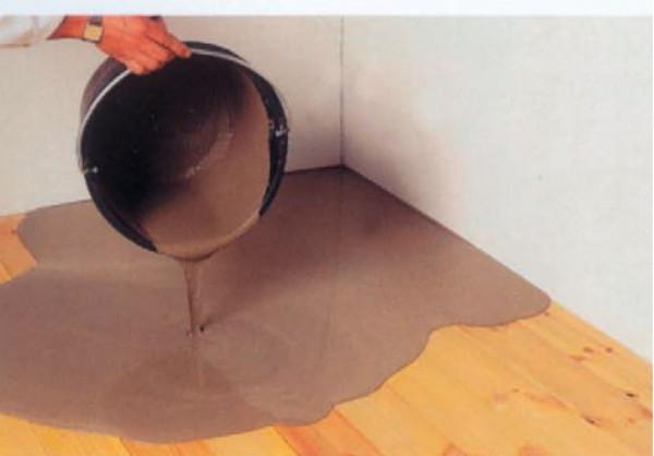 Чем выровнять бетонный пол под линолеум недорого
