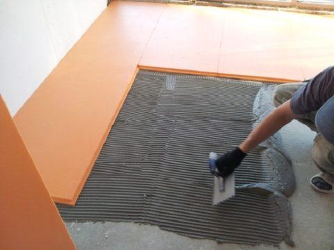 Пеноплекс прекрасно подойдет для утепления жилых помещений с высокой весовой нагрузкой