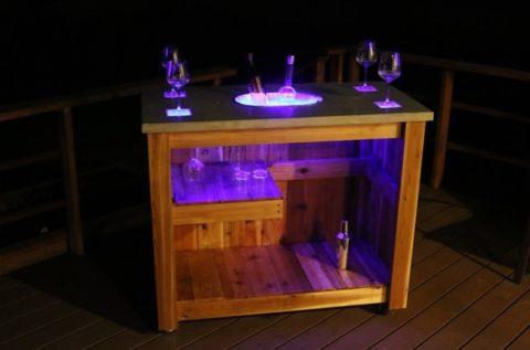 Подсветка емкости для льда и бокалов