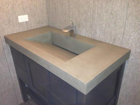 Прямоугольная раковина из бетона