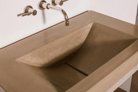 Раковина из бетона, изготовленная опалубочным способом