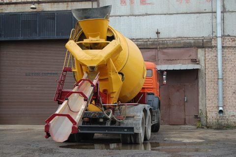 Специальная техника для доставки бетона