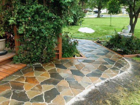Цветной бетон в ландшафтном дизайне