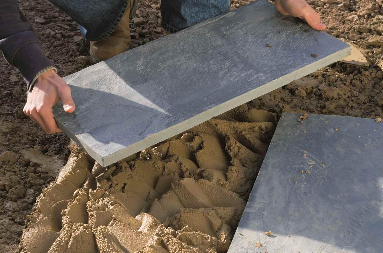 Укладка тротуарной плитки на бетонное основание 63