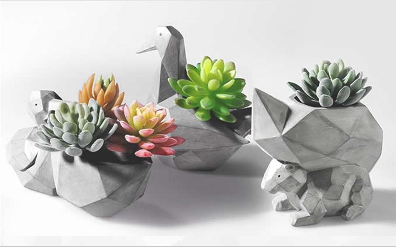 Мини−горшочки для цветов из декоративного бетона для моделирования
