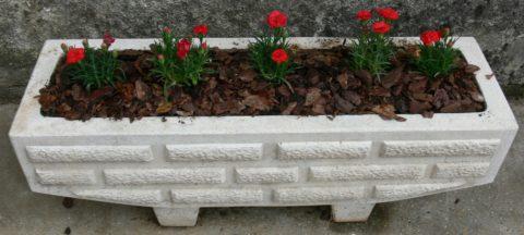 Бетонная цветочница