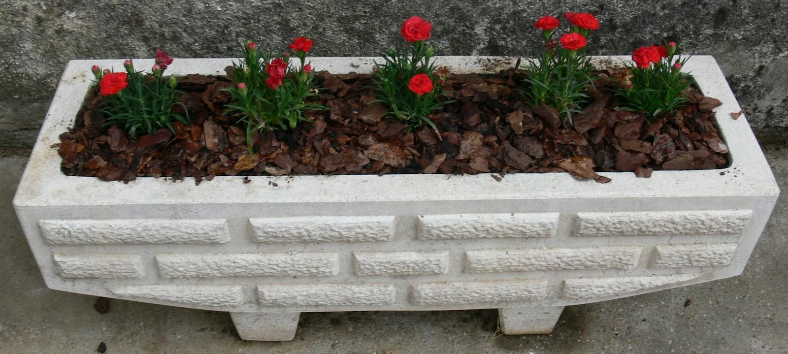 Бетонные вазоны уличные для цветов: советы по самостоятельному изготовлению Beton-House