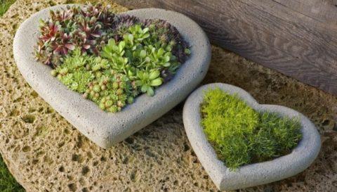Бетонные садовые вазы