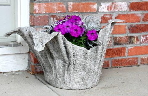 Декоративная садовая ваза