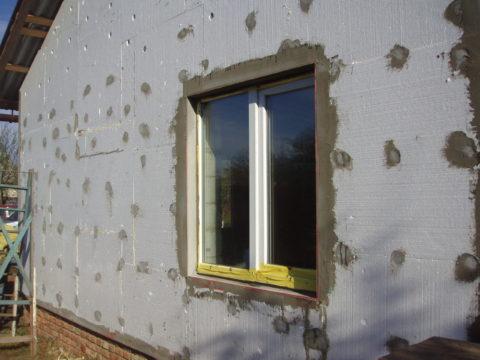 Фото утепленного пенопластом фасада