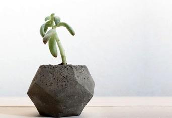Готовая ваза необычной формы
