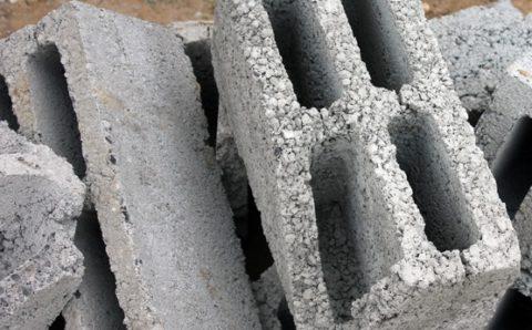 Керамзитобетонные блоки: некондиция появляется в результате хрупкости изделий