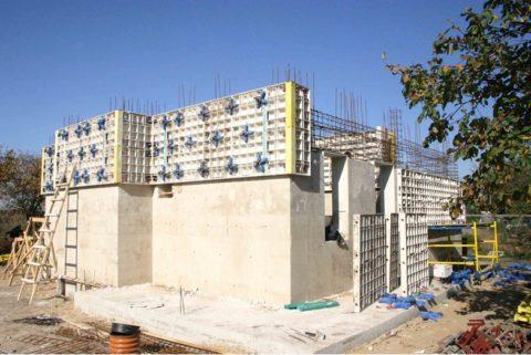 Модифицированный пеногипсобетон в монолитном строительстве