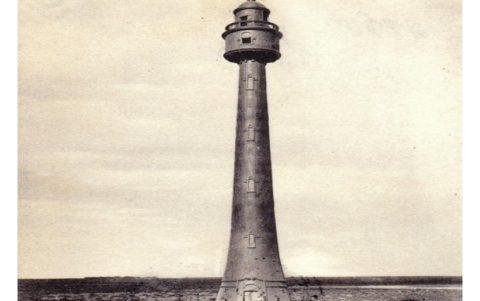 Николаевский маяк из железобетона