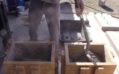 Опалубка для бетонных ножек